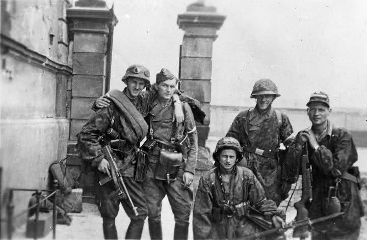 warsaw uprising partisans